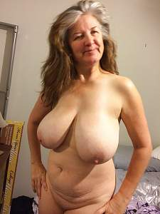Awesome tits 4375 Granny is Extra huge!.jpg