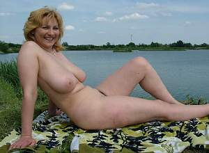 Awesome tits 4397 the wife has full Sliders!.jpg
