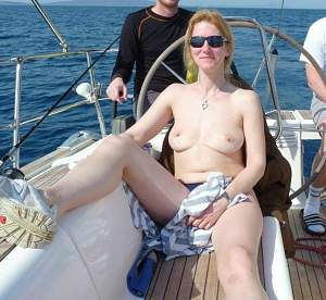 Awesome tits 4414 GF goes Topless boating!.jpg