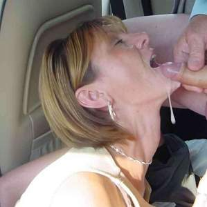 Naughty Mom 0317 wife plays in the Car!.jpg