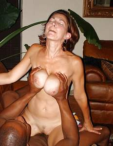 Naughty Mom 0352 wife enjoys a Cupper!.jpg