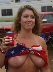 Awesome tits 5303 GF has a Oops!.jpg