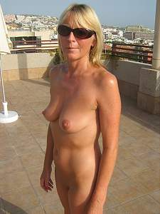 Awesome tits 5322 wife is real Perky!.jpg
