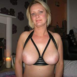 Awesome tits 5325 wife has good Access BRA!.jpg