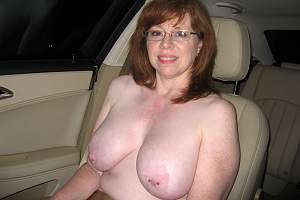 Awesome tits 5332 wife has Ornaments!.jpg