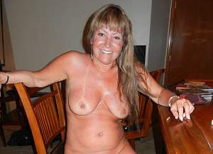 Awesome tits 5389 wife smiles nice!.jpg
