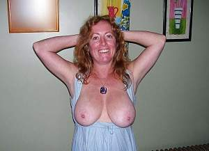 Awesome tits 5394 wife goes BRA less!.jpg