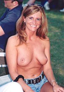 Awesome tits 45 wife is a Beauty and shows!.jpg
