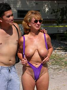 Awesome tits 36 Mom is SEXY in vacation suit!.jpg