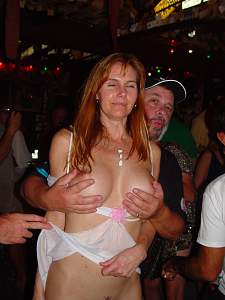 Naughty Mom 2919 wife gets more Hands!.jpg