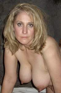 Awesome tits 250 wife doesn't Smile!.jpg